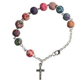 Bracelet avec perles en résine