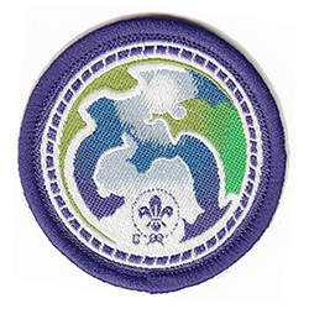 Insigne world scout environnement violet